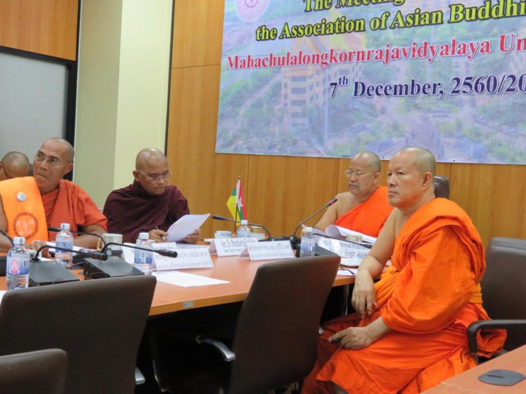 601207 รอง กต กรมการศาสนา ดร.คินฉ่วย วัดไจจิซอง ประชุม ABC 022