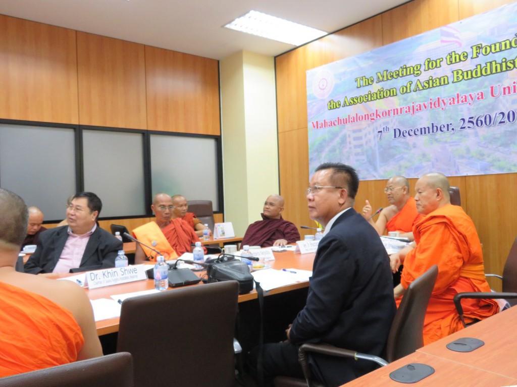 601207 รอง กต กรมการศาสนา ดร.คินฉ่วย วัดไจจิซอง ประชุม ABC 023