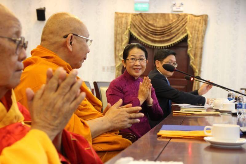 611003 รอง ฯ กต สานสัมพันธ์ พระพุทธศาสนาไทยเวียดนาม 15