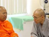 611006  รอง กต เข้าพบ Ven.Dr.Chuan Sheng รองอธิการบดีวิทยาลัยพุทธศาสนาสิงคโปร์ (BCS) 0